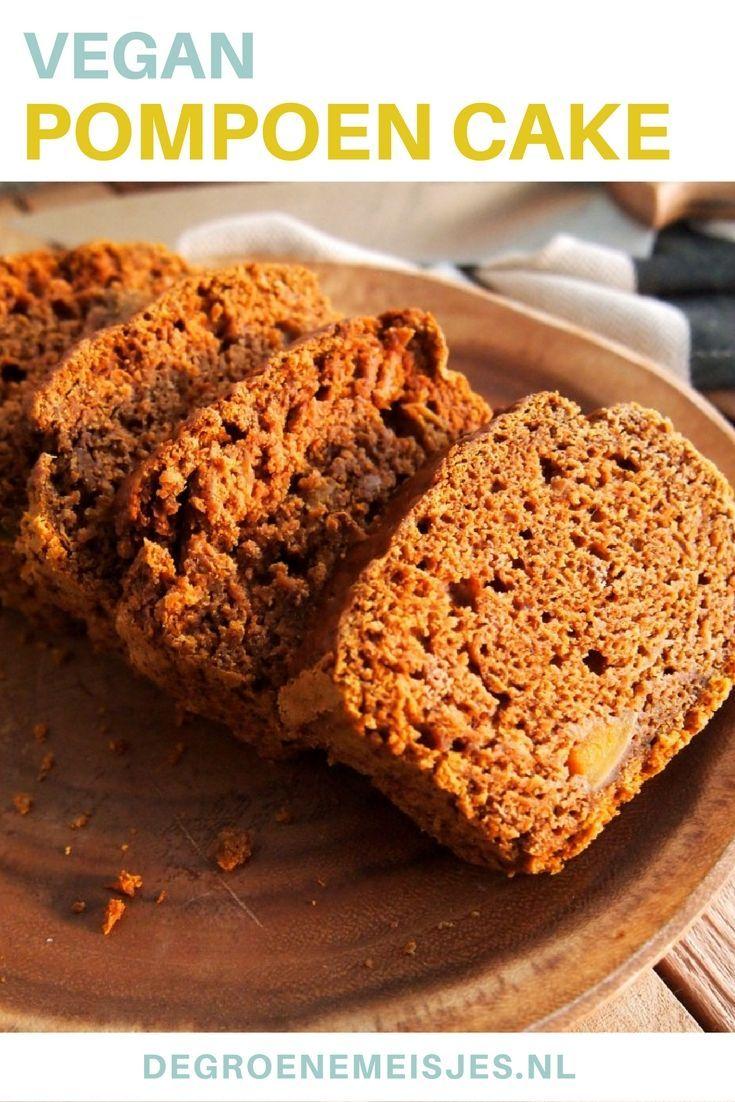 Een ongelofelijk lekkere kruidcake met pompoen. In dit vegan recept gebruik ik o.a. flespompoen, speltbloem, kokossuiker, amandelmelk, kokosolie, speculaaskruiden en vanille. Lees het hele recept op de blog en bak ook deze heerlijke herfstcake