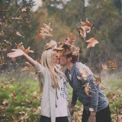 Fun, romantic engagement photoshoot! Photo by Studio Castillero.