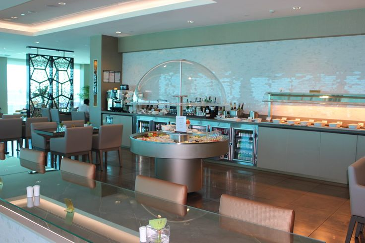Review of the Emirates Business Class Lounge in Melbourne, Australia by Wilson Travel Blog
