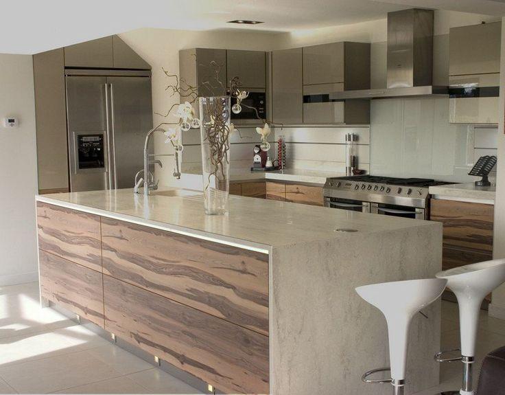 Modele De Cuisine En Bois Avec Marbre : cuisine gris et bois de palissandre avec tabourets hauts blancs et