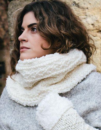 Catalogue Débutantes 4 Automne / Hiver | 2: Femme Col | Écru