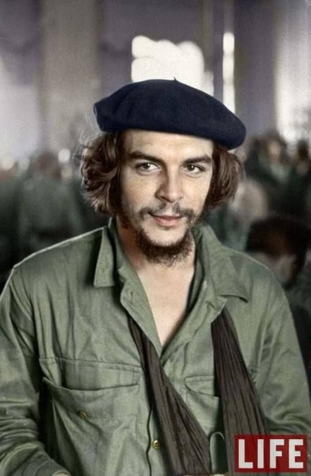 Ernesto Che Guevara, 1959  30 Iconic Black & White Old Pictures That Look Amazing In Colour • Page 3 of 6 • BoredBug