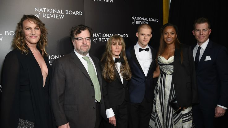 """National Board of Review Awards: 'Manchester by the Sea' Diversity and Trump the Talk of the Night  Peter Berg and Mark Wahlberg joked that their fourth collaboration will be a remake of 'Last Tango in Paris' Jeff Bridges dedicated his win to Standing Rock activists and Kenneth Lonergan warned that the years of the Trump presidency """"might be bad trouble like we've never seen.""""  read more"""