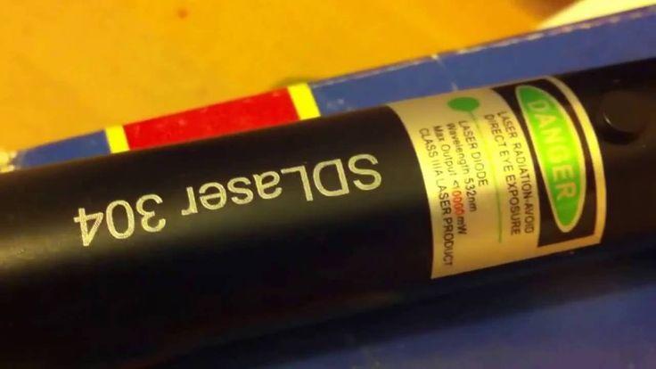 Купить лазер зеленый лазерная указка мощная зеленая 8 Вт 0952272752 на сайте Magnetik.com.ua http://ift.tt/1Pe5heR  MaGnetik.com.ua - зеленая лазерная указка 8 Вт или 8000 mW купить. Спецификация лазерной указки - параметры и описание лазера 8W Цвет лазера - зеленый Длина волны - 532 нм. Дальность луча - 30 км. Выходная мощность - 8000 mW Фокусировка - регулируемая Поджигает спички - да Прожигание предметов - да Диаметр луча - 1.1 мм Срок службы - 8000 часов Рабочая температура - от -10 до…