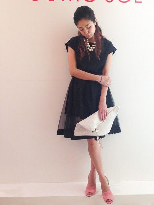 黒のシースルーフレアスカートパーティードレス2:1の法則コーディネート参考画像17:結婚式 二次会 ドレス 黒