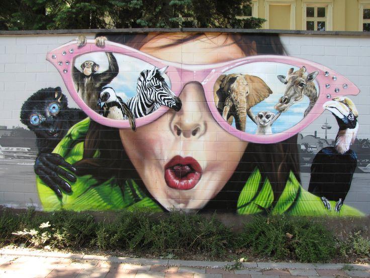 Awesome street art: Street Artists, Street Art Utopia, Jungle, Graffiti, Funny Animal, Paintings, Sunglasses, Design, Streetart