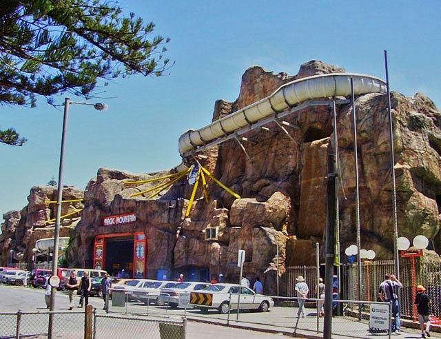 Luna Park, Magic Mountain and other South Australian lost attractions by Weekend Notes writer, Dave Walsh