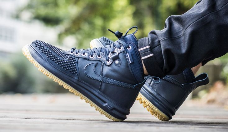 The Nike Lunar Force 1 Duckboot Also Comes In Dark Obsidian