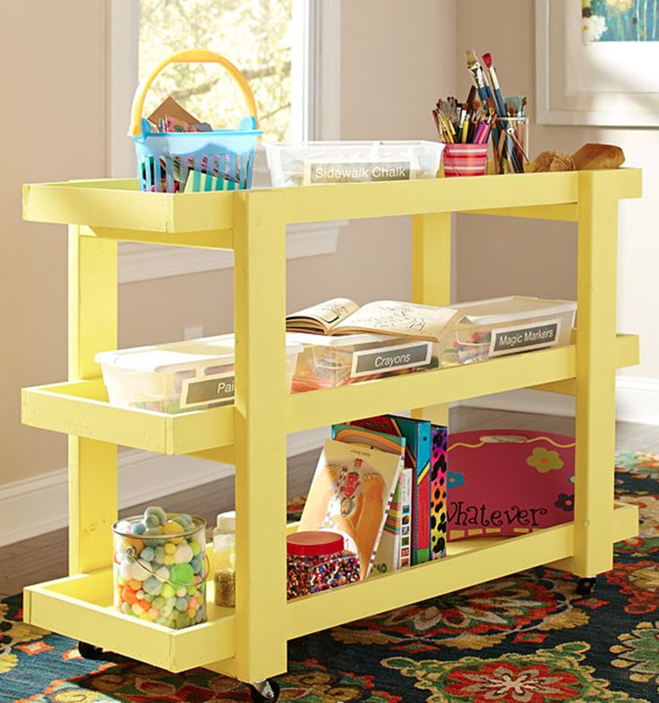 This DIY rolling storage cart is not only cute, but it's also quite versatile. It's great for organizing school supplies, serving snacks or storing gardening supplies. We have the full tutorial by Ana White. Just click through to The Home Depot Blog.