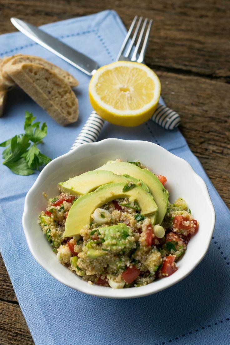 Einfach, gesund & lecker: Quinoa Avocado Salat