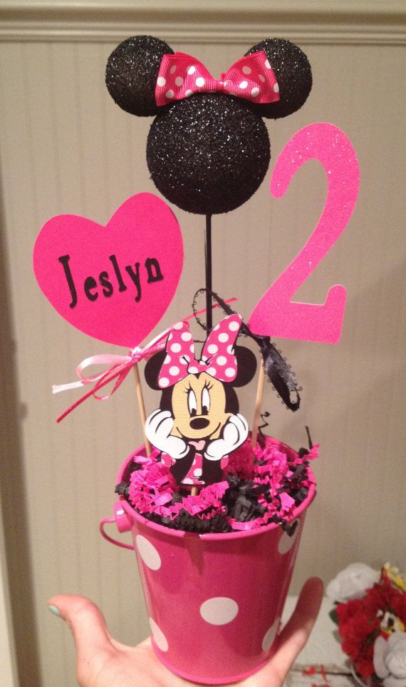 Minnie Mouse birthday decoration by RaeofSunshinedesign on Etsy, $12.00