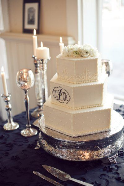 Amazing White Cakes, Wedding Cakes Photos by Ryan Price Photography