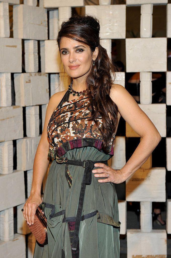 Salma Hayek - Petite celebrities with style.  Re-pin via petitestyleonline.com
