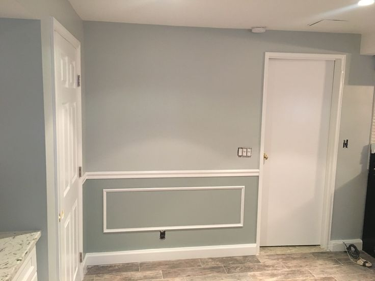 Walls Benjamin Moore 1577 Arctic Gray Top And