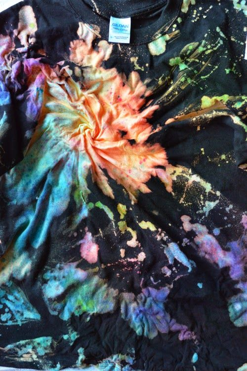 Knot and Tie Galaxy Shirt Tutorial - great way to tie dye with bleach and spray dye.