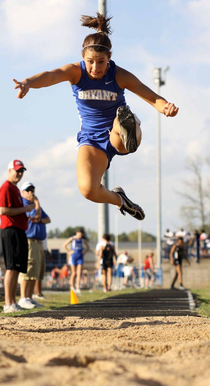 Track and field Triple jump Junior Leah Ward (2298