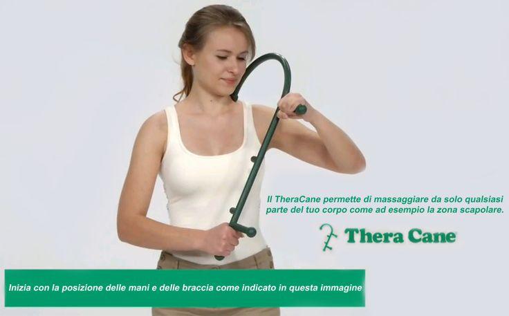 Automassaggio: da questa posizione si massaggiano spalle, collo, zona scapolare.