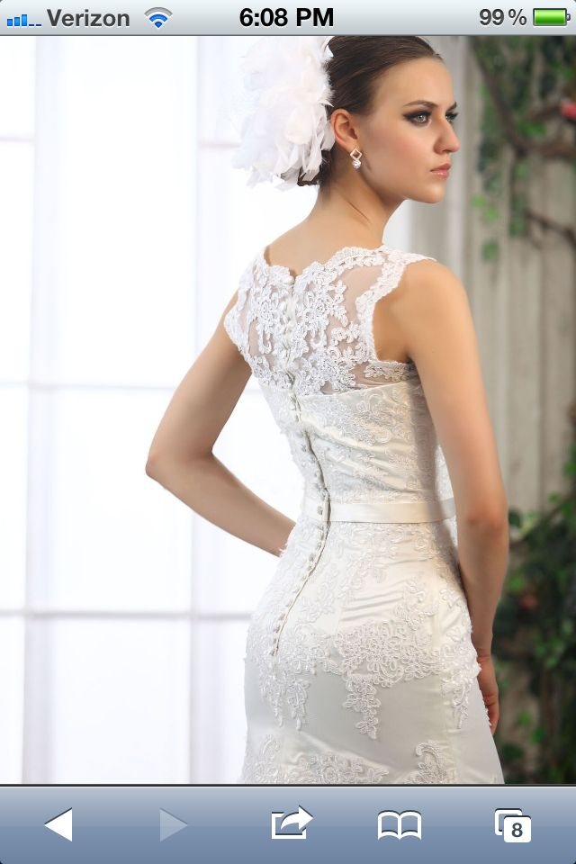 Spectacular Love The Buttons And Tight Fit Wedding Dress