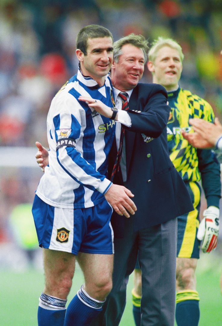 Sir Alex Ferguson and Eric Cantona celebrate yet another @manutd Premier League title triumph back in 1996.