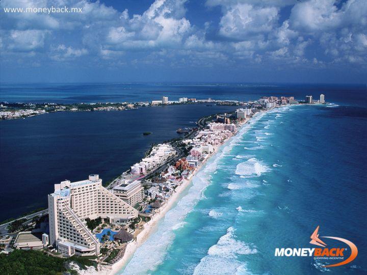MONEYBACK MÉXICO. Cancún, una ciudad mexicana en la península de Yucatán bordeando el Mar Caribe, es conocida por sus playas, numerosos centros turísticos y una animada vida nocturna. Zona Hotelera, es una tira larga, frente a la playa de gran altura hoteles, discotecas, tiendas y restaurantes. Vaya de compras en Cancún ¡y obtenga un reembolso de impuestos para turistas extranjeros! #moneyback www.moneyback.mx