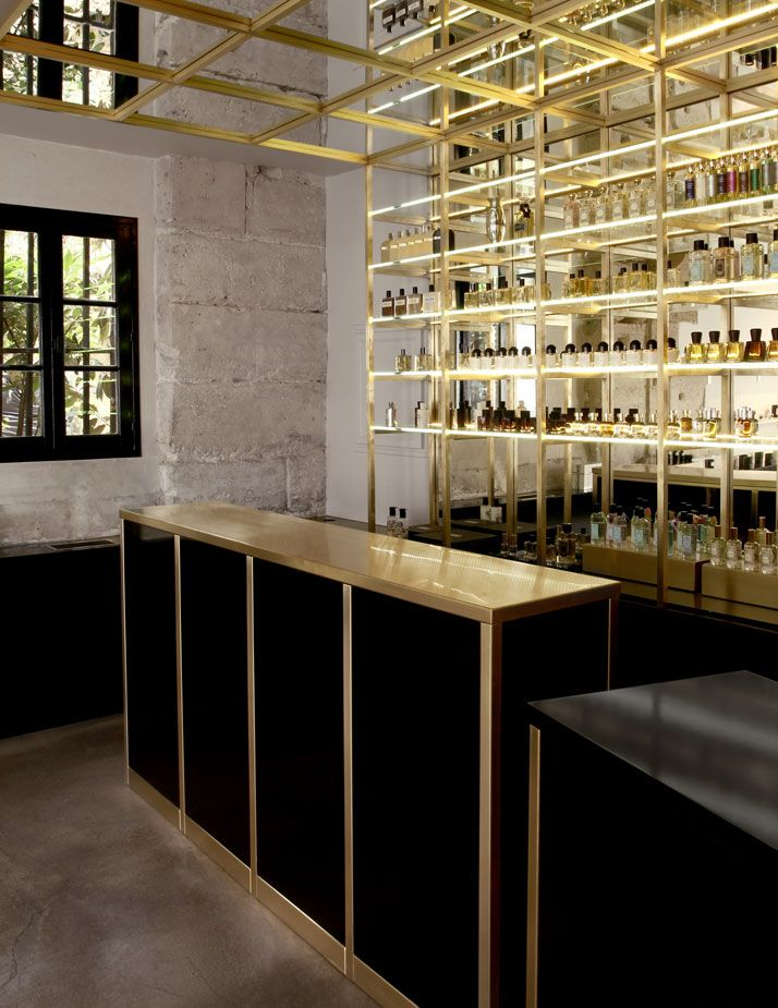 The Liquides Perfume Bar in Marais, Paris | Yatzer