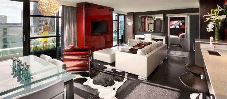 Luxury Hotel Suites in San Diego – Hard Rock Hotel at the Gaslamp Quarter #hotel #in #san #diego, #downtown #san #diego #hotel, #gaslamp #quarter #hotels http://rhode-island.nef2.com/luxury-hotel-suites-in-san-diego-hard-rock-hotel-at-the-gaslamp-quarter-hotel-in-san-diego-downtown-san-diego-hotel-gaslamp-quarter-hotels/  # The Headliner of Downtown San Diego Hotels CENTER STAGE IN DOWNTOWN SAN DIEGO There's something electric about being in the middle of it all. Hard Rock Hotel San Diego…