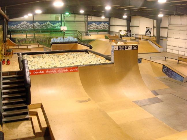 Skatepark with a foam pit!!! This is the best thing I've even seen in my entire life!!! I want to go play sooooo bad!!!