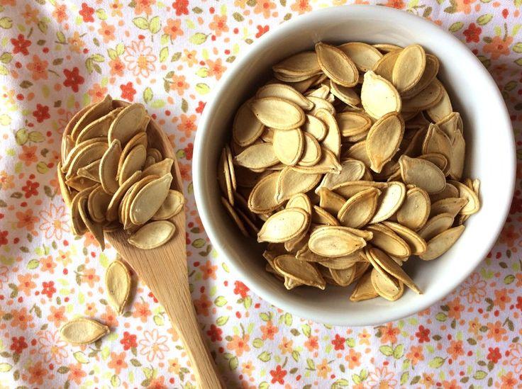 Petisco de semente de abóbora assada