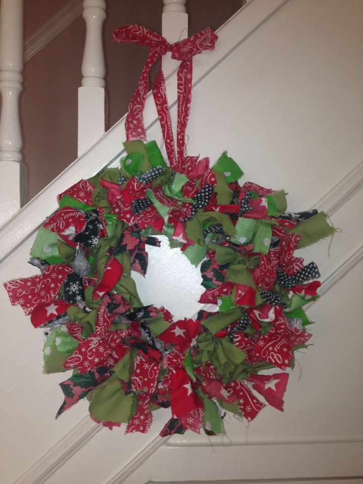 Christmas wreath made with fabric scraps x
