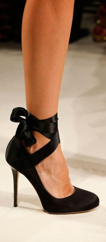 Gorgeous black high heel shoe fashion