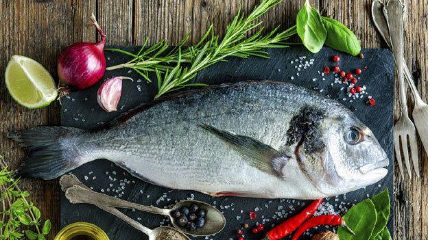 ¿Cómo marinar mariscos?