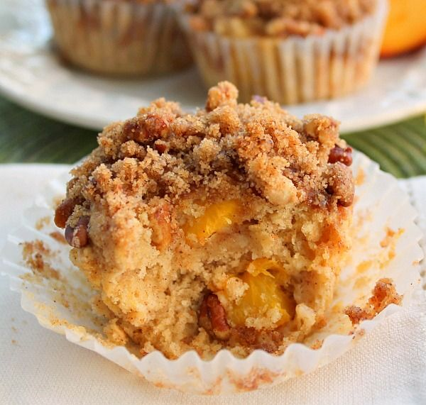 Moist and Delicious Peach Muffins with Crumb Topping Use fresh, canned or frozen well drained peaches to make these delicious treats!