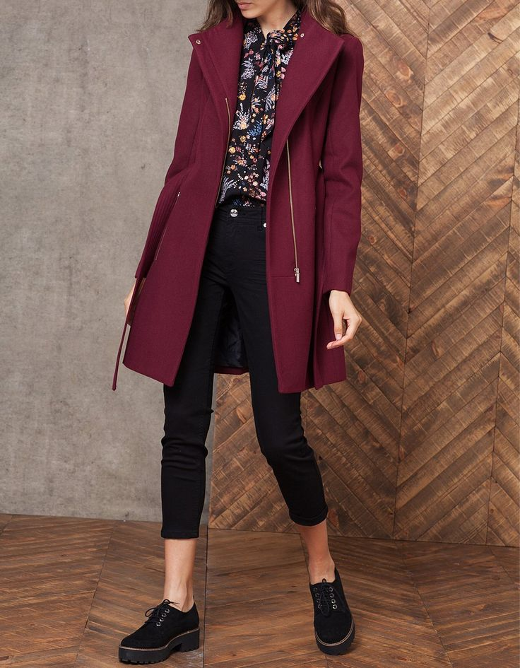 Woollen cloth coat with belt, Stradivarius 6.590 din