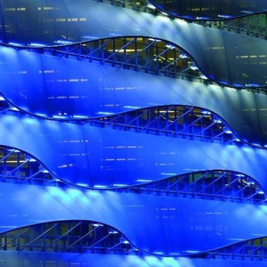 Membranas Soltis FT para fachadas microclimáticas /  Serge Ferrari