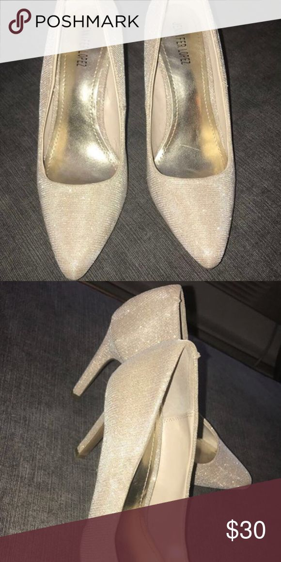 Jennifer Lopez's sparkling gold heels Bought and never worn out tried them on loved them and then for pregnant and my feet swelled up now they don't fit me .. 😪 Jennifer Lopez Shoes Heels