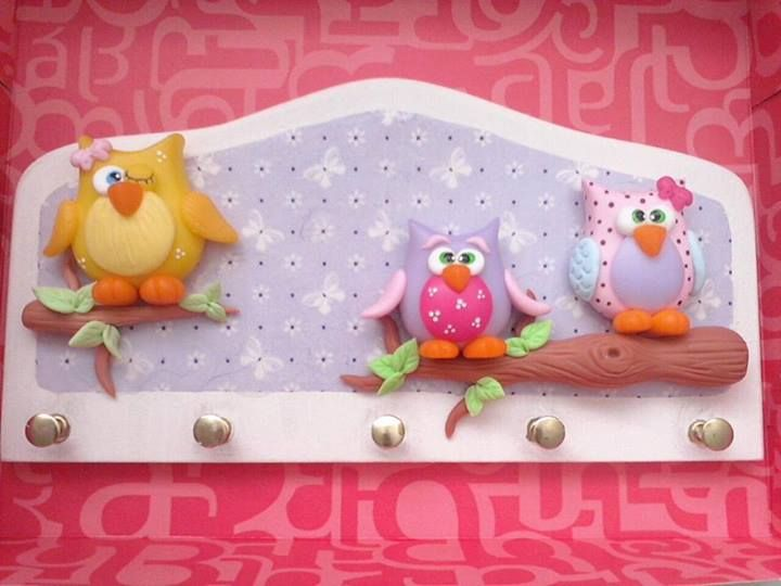 So cute. Owl wall hanger.