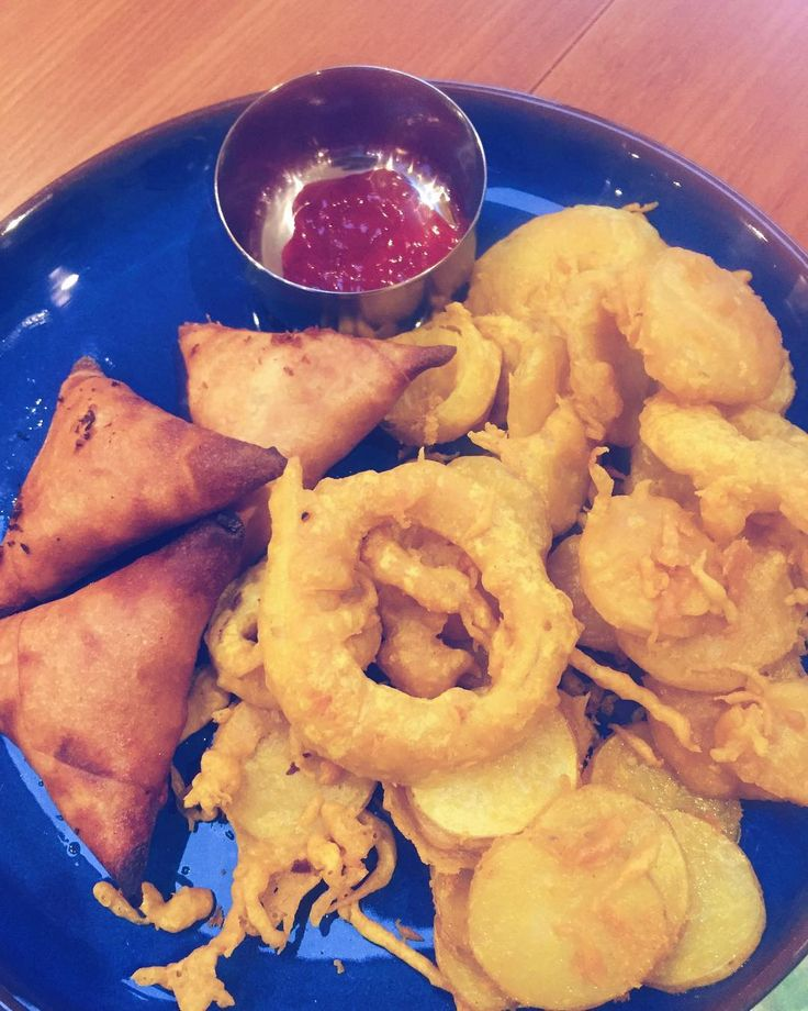 Incessantly rainy days like today call for hot tea with pakoras and samosas. #MangiaBene #TalesFromNW #HomeMade