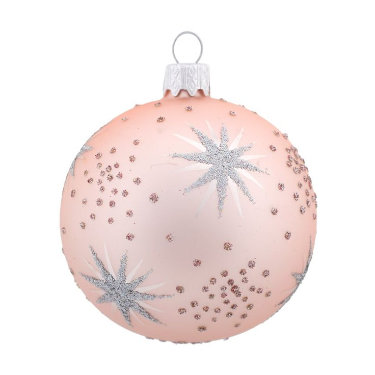 Romantic Pastels Glass Christmas baubles are the ideal color choices if you want something subtle and trendy.