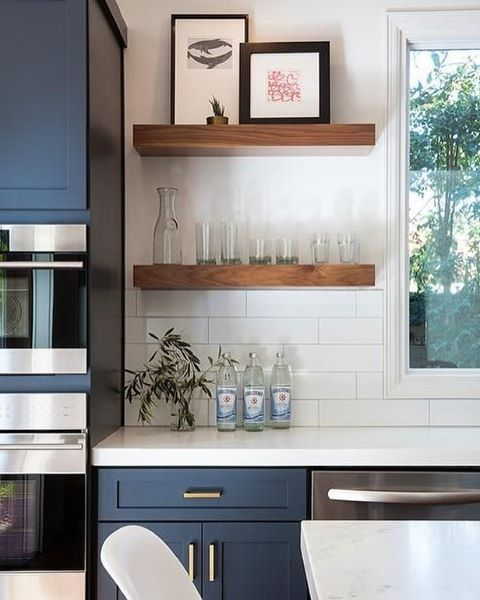 Every week ontheblog we share our top pins navy wood for Navy blue kitchen units
