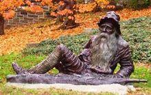 "Rip Van Winkle Statue of Rip van Winkle in Irvington, New York, not far from ""Sunnyside,"" the home of Washington Irving"