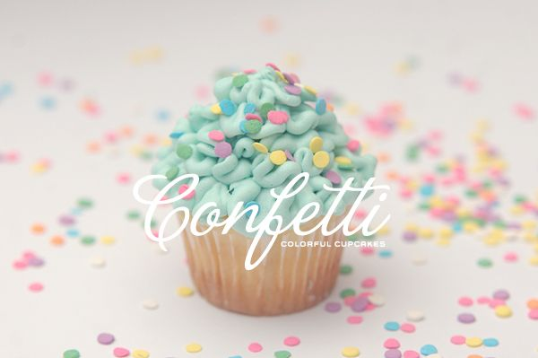 Confetti Colorful Cupcakes - fun way to ice a cupcake