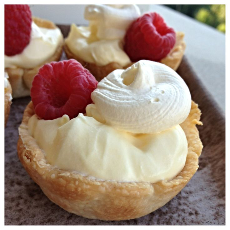 5 Ingredient Mini Banana Cream Pie