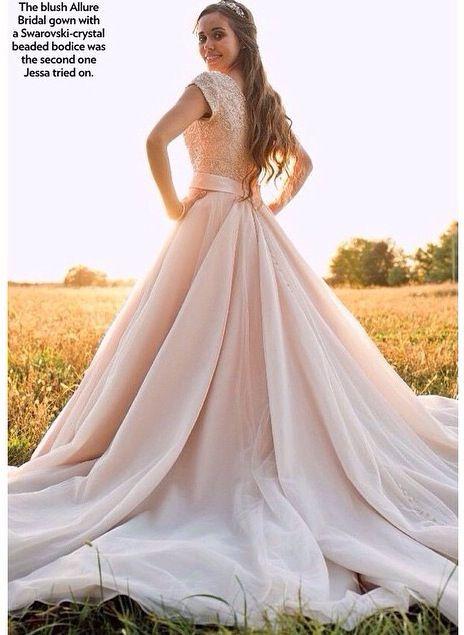 i absolutely LOVE Jessa's dress!!!!