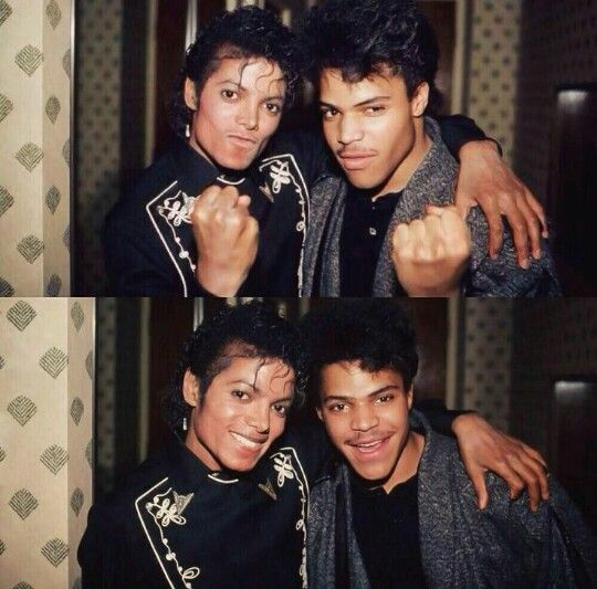 Michael Jackson, not sure who the other guy is, i'm assuming a fan lol.