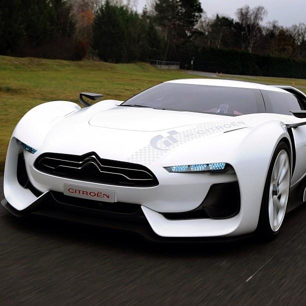 This Car Tho Sporty Futuristic Citroen GT Concept