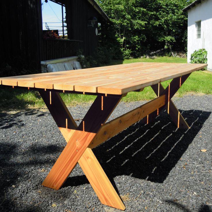 Havebord med x-ben. Fremstilles i en størrelse efter dit ønske