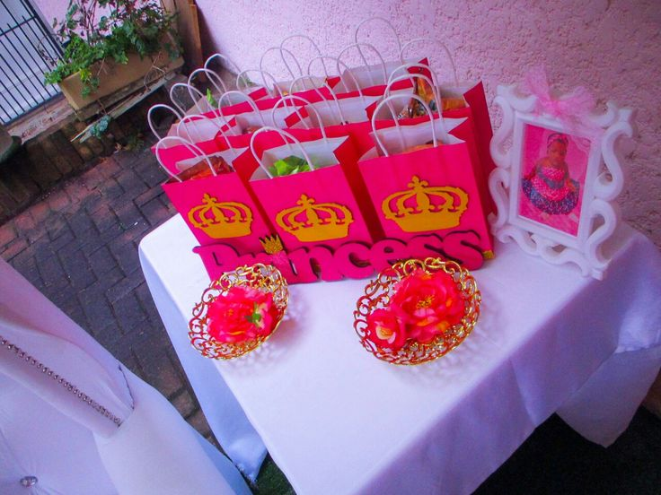 Princess birthday party ideas   Princess party favours. Party packs party bags.
