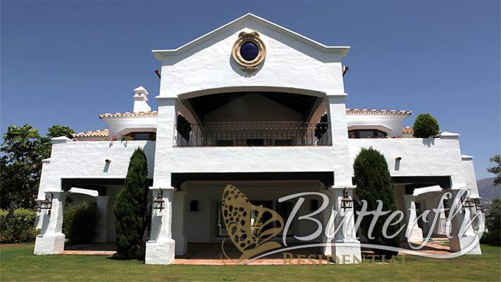 Villa for Sale in Benahavís, Costa del Sol, Spain. CLICK ON IMAGE FOR INFO & PRICE.