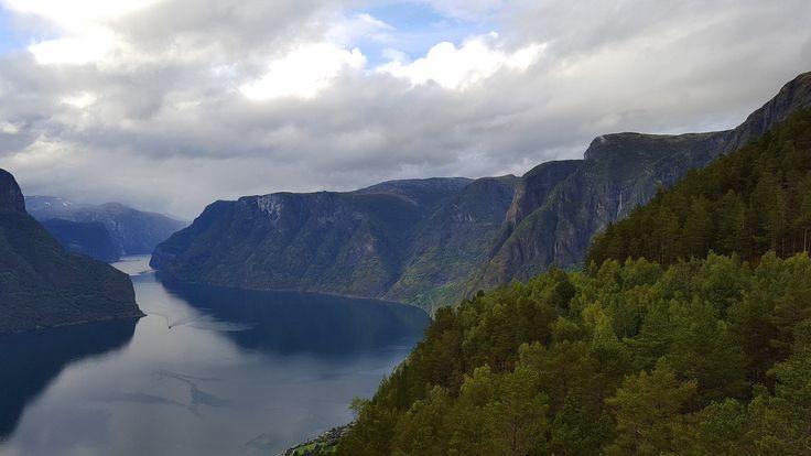 https://flic.kr/p/LTNaDj | Aurlandsfjorden