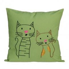 Şaşkın Kediler Yeşil Yastık - #tasarim #tarz #yesil #rengi #moda #hediye #ozel #nishmoda #green #colored #design #designer #fashion #trend #gift yeşil tasarım